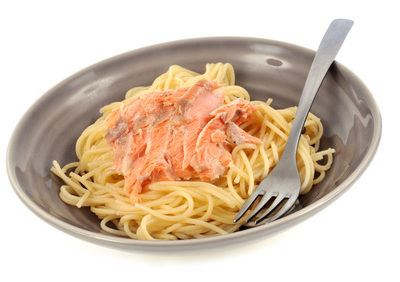 Frische Spaghetti mit Lachssauce