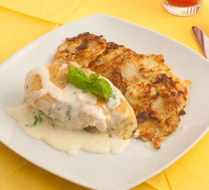 Hühnerbrust auf italienischem Karotten-Kohlrabi Bett